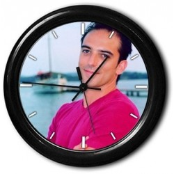 Horloge ronde avec bordure ronde et photo