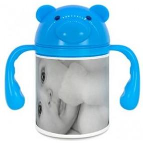 Gourbe bleue photo enfant